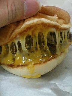 絶品チーズバーガー